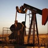 Giá dầu giảm mạnh do sản lượng của OPEC chạm mức trần tháng 5
