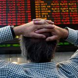 Chứng khoán 24h: Thị trường Trung Quốc lại lao dốc, chứng khoán Việt đứt mạch tăng