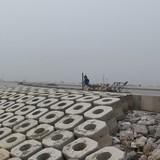 Đẩy nhanh hơn tiến độ dự án cửa sông Lạch Giang để tránh bão