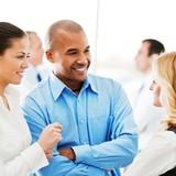 Nhân viên hạnh phúc trước, khách hàng hài lòng sau