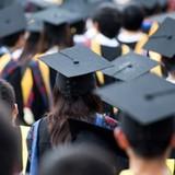Thạc sĩ, cử nhân thất nghiệp: Vì đồng tiền đi trước?