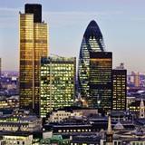 """Sự """"điên rồ"""" của giá nhà đất London"""