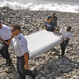 Pháp nói cần xác minh thêm mảnh vỡ thuộc MH370