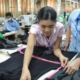 Hàng hóa châu Âu đổ vào Việt Nam đáng lo không?