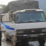 Xe nông sản xếp hàng ở cửa khẩu biên giới Việt - Trung