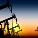 Giá dầu giảm mạnh, tại sao các nước vẫn không ngừng tăng sản lượng?