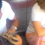 Đánh giày kiểu trấn lột ở phố cổ Hà Nội
