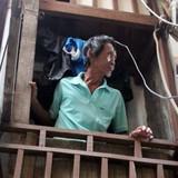 Bi hài chuyện sống trong những căn nhà siêu nhỏ giữa Sài Gòn