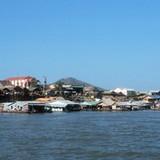 Campuchia di dời khoảng 1.000 hộ người Việt trên sông Tonle Sap