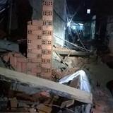 Sập nhà đang xây tại TP. HCM, 11 người thương vong