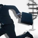 """Nhân viên kinh doanh ngày càng được """"săn đón"""""""