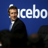 """Ông chủ Facebook hiến tặng 99% tài sản là """"khôn""""?"""