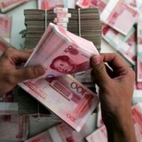 Tiền tháo chạy khỏi Trung Quốc mạnh nhất từ trước đến nay