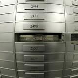 """Thụy Sĩ công bố danh sách các tài khoản ngân hàng """"chết"""""""
