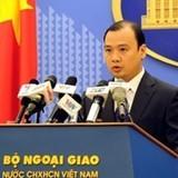 Việt Nam phản đối Trung Quốc đưa máy bay ra đá Chữ Thập (Trường Sa)