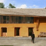 Ngôi nhà đất 2 tầng giành giải Kiến trúc Xanh Việt Nam