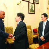 """Nguyên tư lệnh lục quân Tanzania trở thành người """"truyền giáo"""" cho Viettel"""