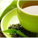 Lý do vì sao bạn nên uống trà xanh thay vì cà phê hằng ngày