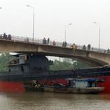 [Infographics] Hành trình tàu 3.000 tấn đâm hỏng cầu ở Hải Dương