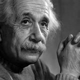 7 dấu hiệu nhận biết người thông minh