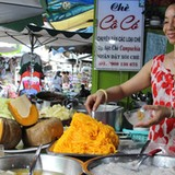 Những ngôi chợ ngoại độc đáo ở Sài Gòn