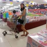 """Hàng Việt bị hất cẳng trên sân nhà: Luật lỏng lẻo """"hại chết"""" nhà đầu tư nội"""