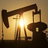 Ả Rập Xê Út tuyên bố bơm nhiều dầu hơn