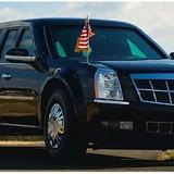 """Chiếc limousin cùng ông Obama sang thăm Việt Nam """"khủng"""" cỡ nào?"""