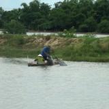 Bớt xén tiền hỗ trợ ngư dân sau vụ cá chết