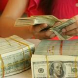 Rủi ro giấc mộng định cư Mỹ: Chuyển tiền lậu ra nước ngoài