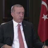 Ai là người đầu tiên báo tin đảo chính cho Tổng thống Erdogan?