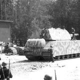 Tăng Maus - siêu vũ khí thảm hại của Hitler