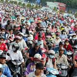 <span class='bizdaily'>BizDAILY</span> : Hà Nội cấm xe máy: Liệu có khả thi?
