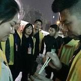 Công ty Trung Quốc phạt nhân viên ăn giun vì thiếu chỉ tiêu