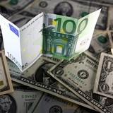 USD sẽ ngang giá EUR vào tháng 3/2017?