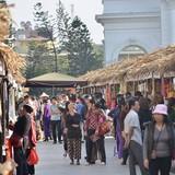 """Đặc sản ba miền đổ bộ """"khu nhà giàu"""" Hà Nội"""
