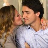 """Chân dung người phụ nữ bên cạnh """"nam thần chính trị"""" Justin Trudeau"""