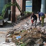 Quận 1 đập thềm tòa nhà của TP. HCM trên phố đi bộ Nguyễn Huệ