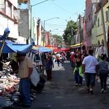 Người Việt đi chợ đen ở Mexico