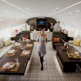"""[Video] Hơn 72.000 USD một giờ thuê """"máy bay trong mơ"""""""