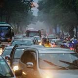 Giao thông trung tâm Sài Gòn rối loạn trong mưa lớn