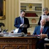 Chiến dịch của Trump liên lạc bí mật với Nga ít nhất 18 lần