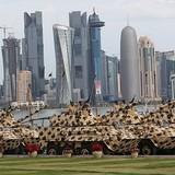 Qatar báo động quân đội, dọa bắn mọi tàu chiến xâm nhập