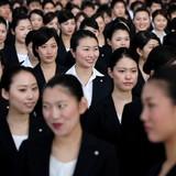 """Người trẻ Nhật Bản """"làm khó"""" kinh tế đất nước vì lười nhảy việc"""