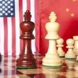 Trung Quốc hụt hơi trong cuộc đua số 1 với Mỹ