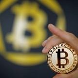 Sau khi bốc hơi 38 tỷ USD, Bitcoin và nhiều loại tiền ảo lại tăng giá không thể cản phá