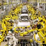 Công nghiệp ô tô Việt Nam, giấc mơ dang dở đang được viết lại