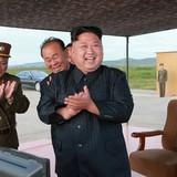 Ông Kim Jong-un quyết cân bằng lực lượng với Mỹ