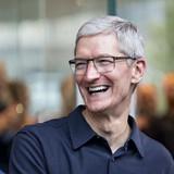 Tim Cook kiếm thêm 36 triệu USD trong vòng 1 tuần nhờ cơn sốt iPhone X