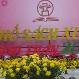 Người Hà Nội hứng thú với Phố sách Xuân Bính Thân 2016